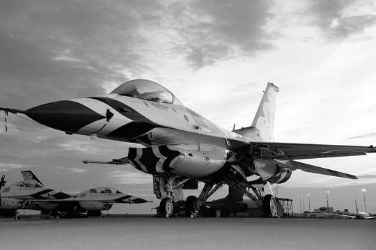 General Dynamics F-16 Thunderbird